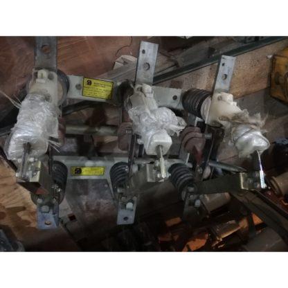 Выключатель нагрузки ВНА-10/630-У2 или разъединитель ВНАп-10/630-20з-У2